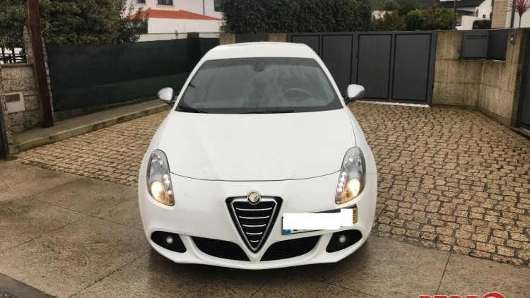 Alfa Romeo Giulietta DISTINTIVE SPORT